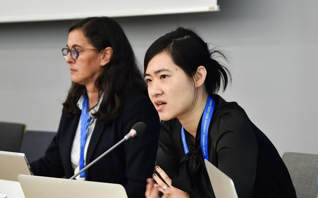 Nikita Chiu speaking in Bonn