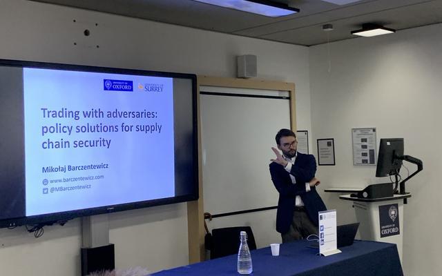 Mikolaj Barczentewicz presenting