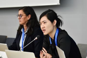 Nikita Chiu speaking in Bonn